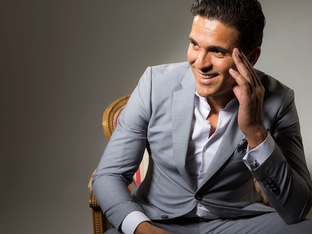 El estilo del invitado perfecto - Javier CañizaresJavier Cañizares 6b10f502df5